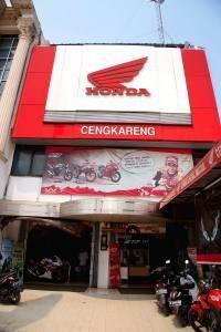 Close Up Honda Cengkareng