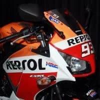 Honda Rilis CBR Dan Blade Edisi Spesial Juara MotoGP