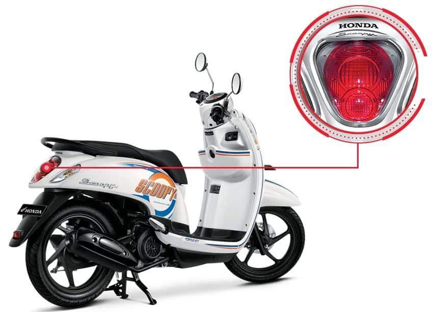 Garnish Taillight Honda Scoopy eSP