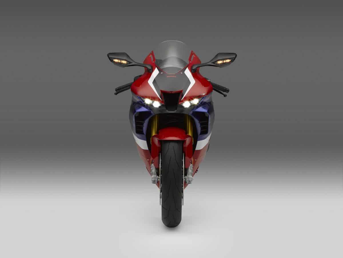Honda CBR1000RR-R Fireblade 2