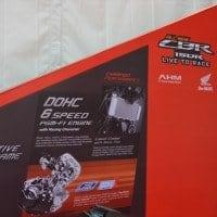 Background Launching Honda CBR 150R