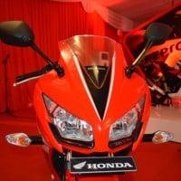 Honda CBR 150R Red Dual Keen Eyes